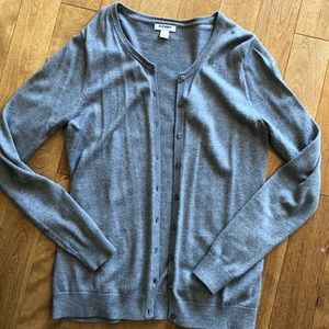Classic crew-neck cardi for women in gray